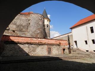 мукачевский замок паланок двор 1 фото 2