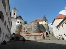 мукачевский замок паланок двор 1 фото 1