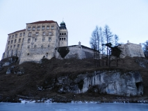 Peskova skala all castle water