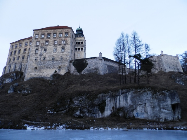 Peskova skala all castle water