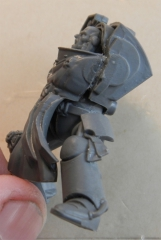 wh40k_bt_marshal_convers2glue